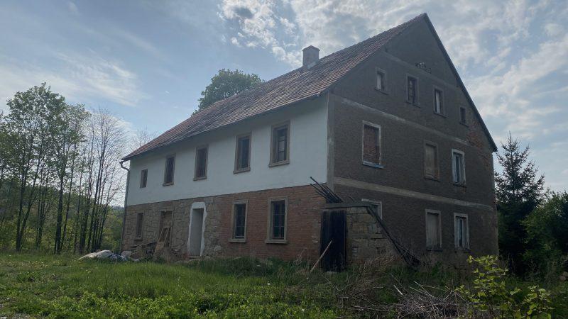 Ein Bauernhof zu verlieben in Klein Röhrsdorf